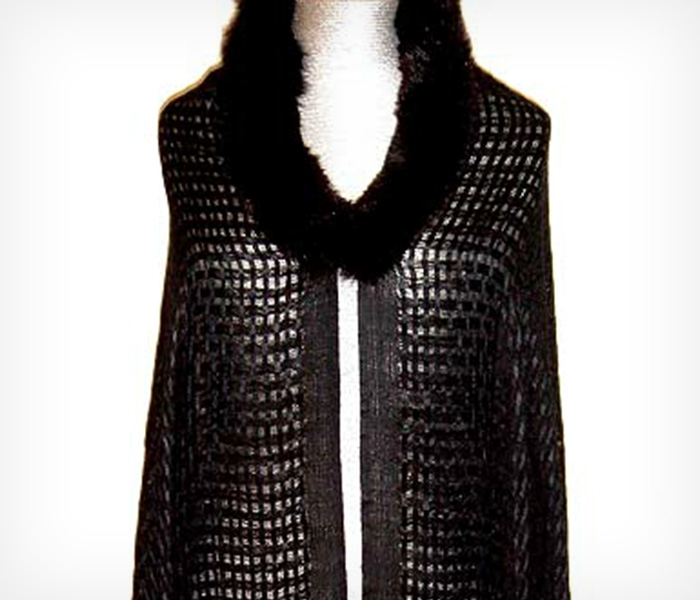 Black-Weave-Fur-Shawl