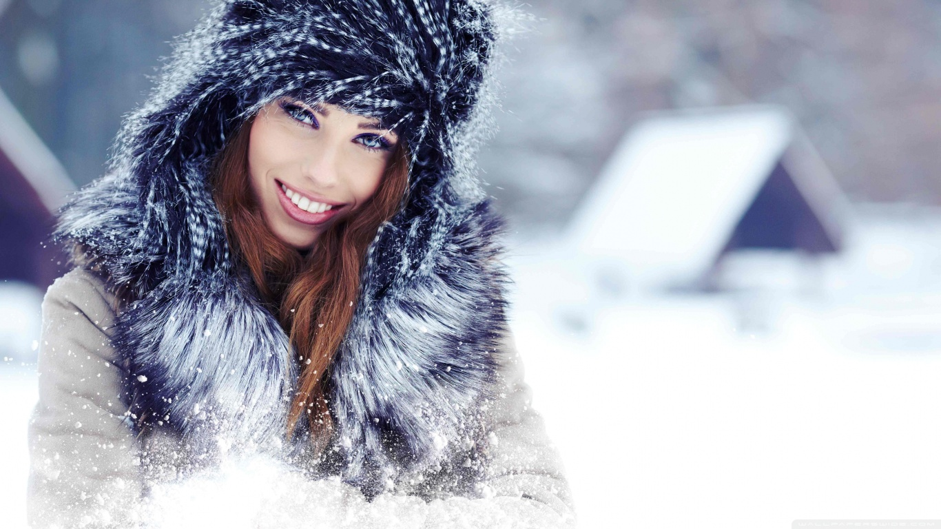 girl snow website